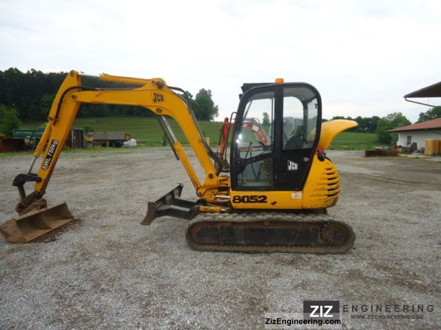 2000 JCB  8052 Construction machine Mini/Kompact-digger photo