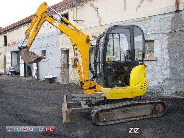 2005 JCB  8027 ZTS Construction machine Mini/Kompact-digger photo