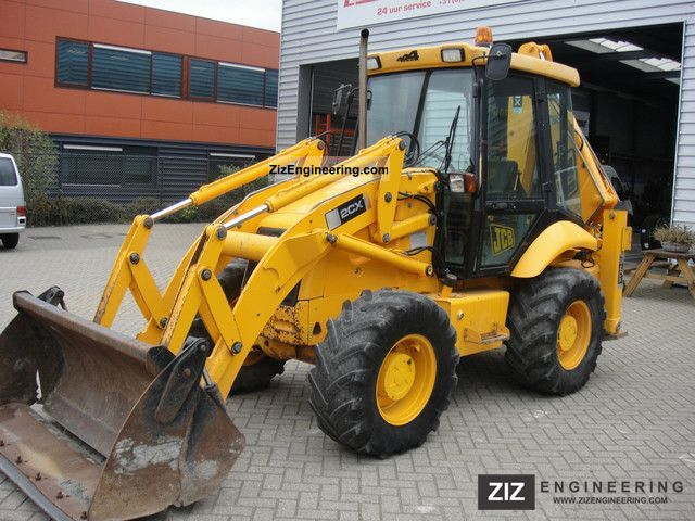 2002 JCB  2CX Construction machine Combined Dredger Loader photo