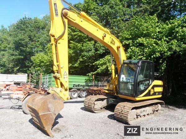 2002 JCB  J130 Construction machine Caterpillar digger photo