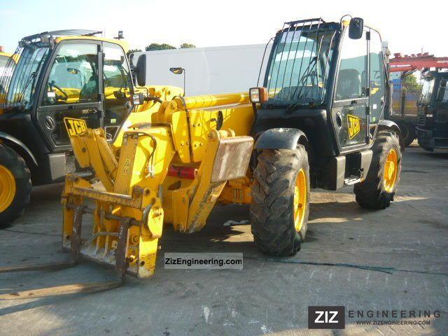 2006 JCB  535-125 Construction machine Wheeled loader photo