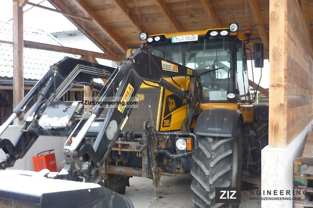 2000 JCB  3185 Agricultural vehicle Tractor photo