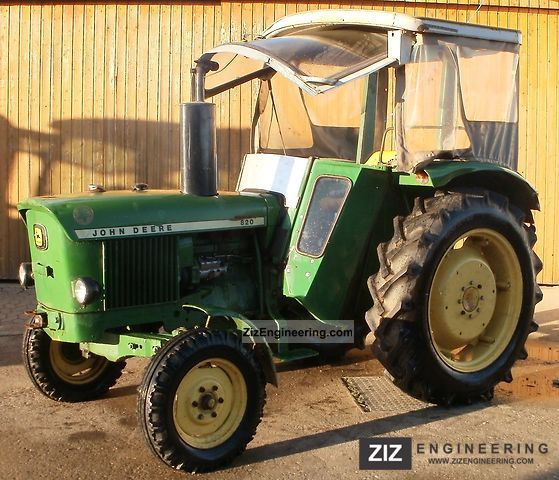 1973 John Deere  820 S Agricultural vehicle Tractor photo