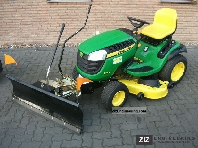 2011 John Deere  X165 lawn tractor snow removal, snow plow Agricultural vehicle Tractor photo