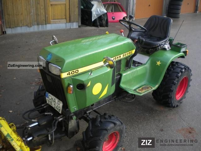 1981 John Deere  400 Agricultural vehicle Tractor photo