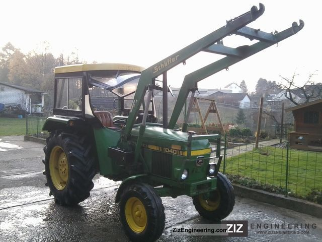 1980 John Deere  1040 Agricultural vehicle Tractor photo