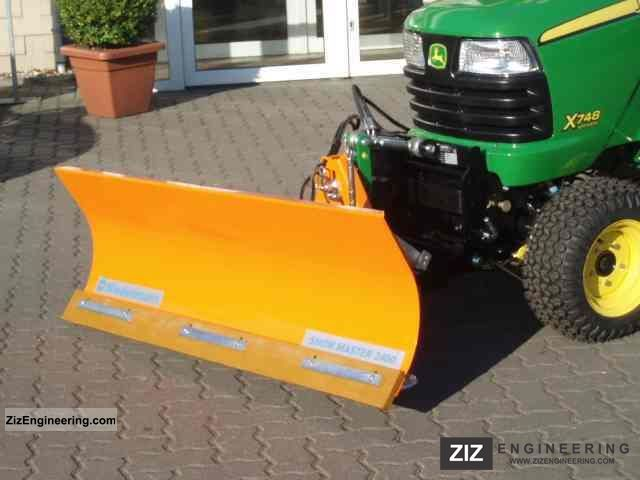 X748_tractor_snow_removal_snow_plow 2011 Agricultural_vehicle Tractoron Kubota Tractor Ps List