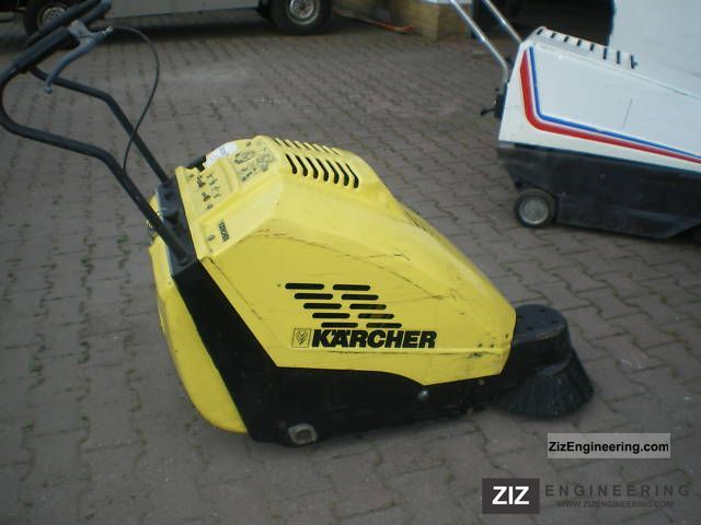 kaercher vacuum sweeping ksm 700 b 2004 other substructures construction equipment photo and specs. Black Bedroom Furniture Sets. Home Design Ideas
