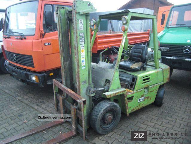 1984 Komatsu  FG 25 / 7 gas truck Forklift truck Front-mounted forklift truck photo