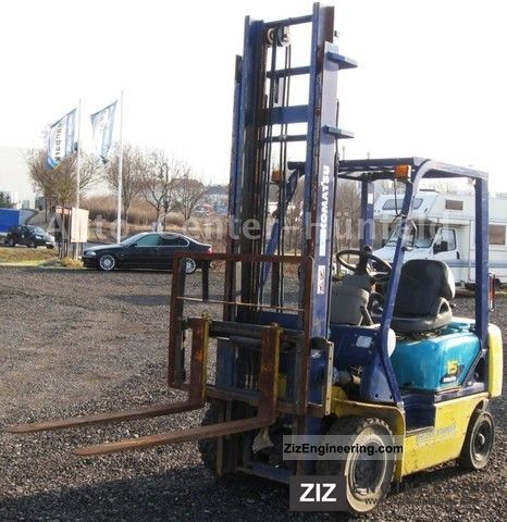 2000 Komatsu  FD15T-17 Forklift truck Rough-terrain forklift truck photo