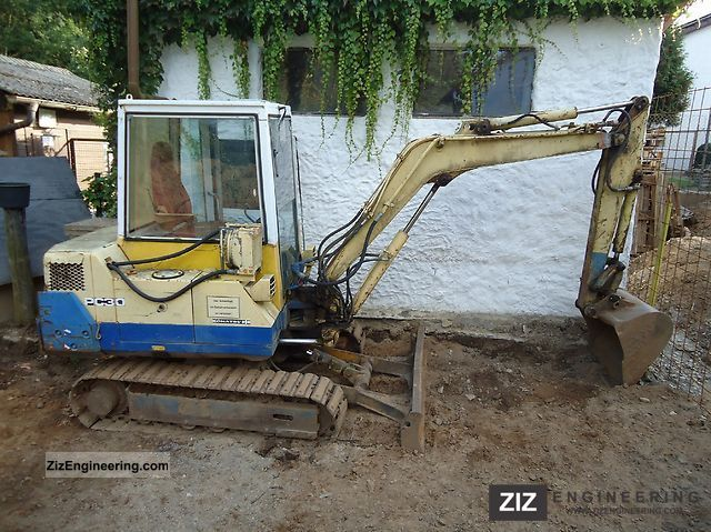 2011 Komatsu  30-5 pc Construction machine Mini/Kompact-digger photo