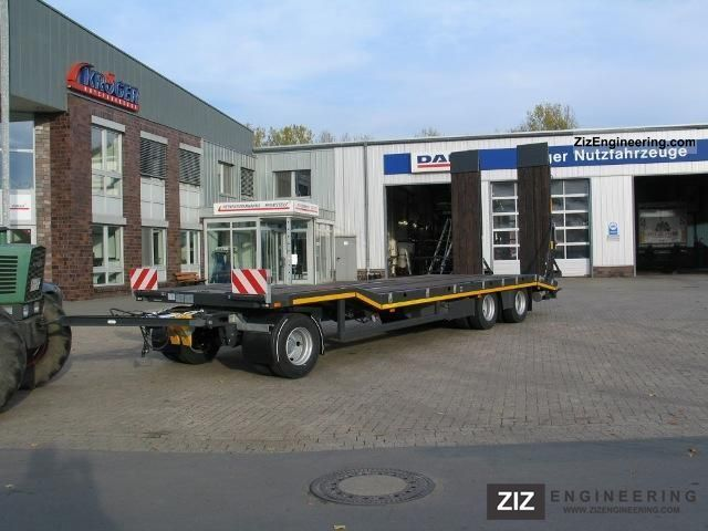 2011 Kroeger  AT-300 Trailer Low loader photo