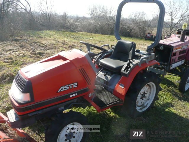 2003 Kubota  Aste Ln 155: 81 502 engine smokes! Agricultural vehicle Tractor photo