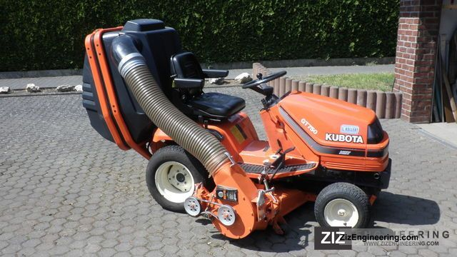 1998 Kubota  GT 750 Agricultural vehicle Reaper photo