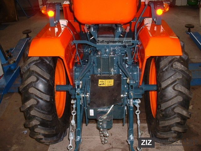 kubota eff jahreszins b 1200 wheel 99 2011 agricultural tractor photo and specs. Black Bedroom Furniture Sets. Home Design Ideas
