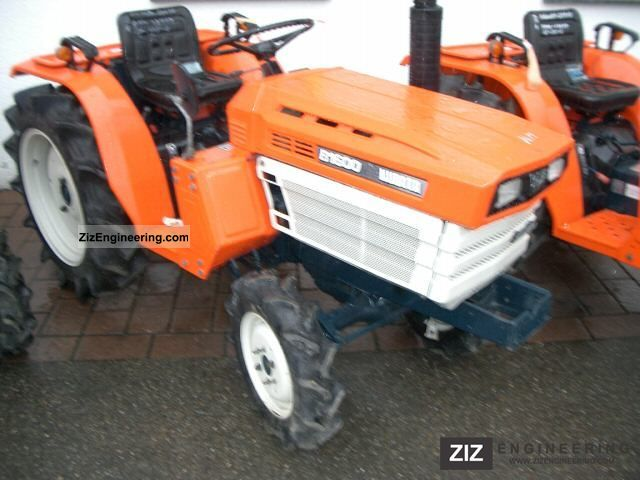 2011 Kubota  B1600 Agricultural vehicle Tractor photo