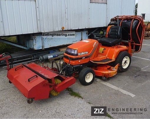 1998 Kubota  GT 950 S + mower grass catcher blower sweeper Agricultural vehicle Reaper photo