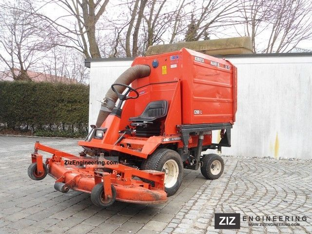 1993 Kubota  F 2400 Agricultural vehicle Reaper photo