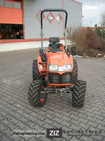2011 Kubota  B1830D Agricultural vehicle Tractor photo
