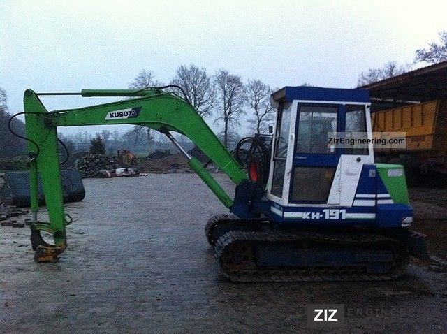 how to drive an excavator