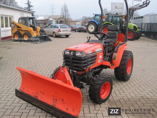2011 Kubota  B2110-wheel D, FH, FZ, street legal Agricultural vehicle Tractor photo