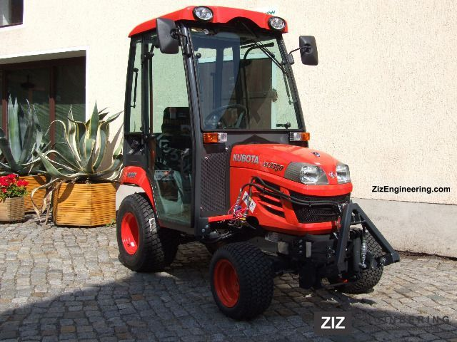 2012 Kubota  BX2350 Agricultural vehicle Tractor photo
