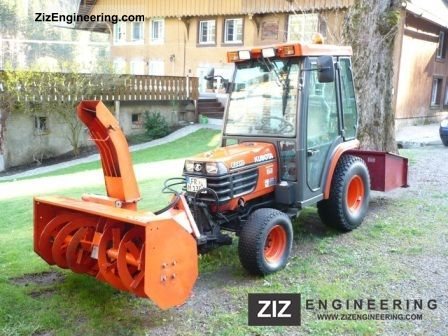2004 Kubota  B2410 Agricultural vehicle Tractor photo