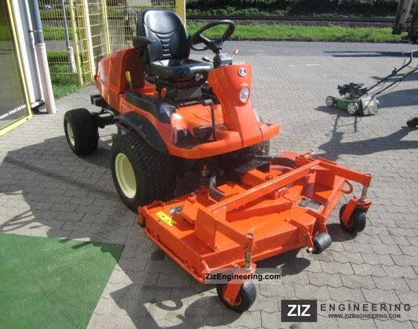 2011 Kubota  F3680 Agricultural vehicle Reaper photo