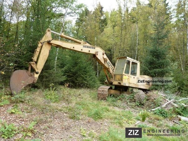 cost of trailer home with 921 Lc 1980 Construction Machine Caterpillar Digger on Airstream Basec  Trailer 2016 9 in addition 921 lc 1980 Construction machine Caterpillar digger likewise Pyro Mini Fireshooter likewise Shimano Orca Sinking Pencil Lures further Loading Dock Design.