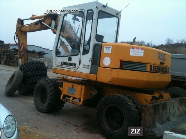 1993 Liebherr  A 310 EXCAVATOR ** ** Construction machine Mobile digger photo