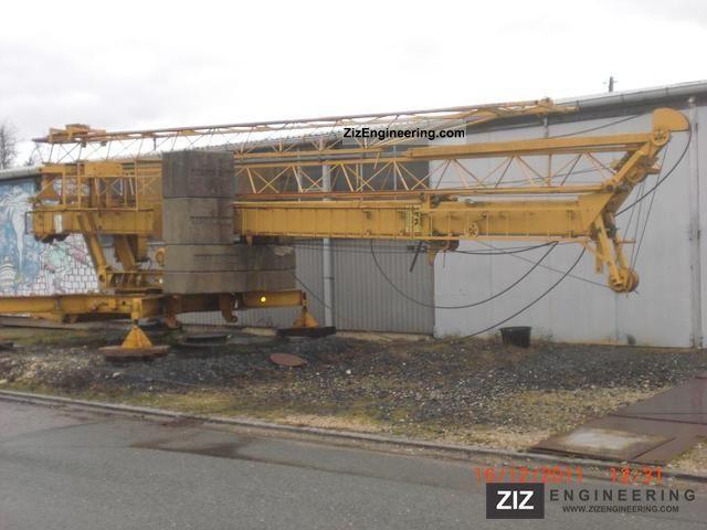 1991 Liebherr  20K Construction machine Construction crane photo