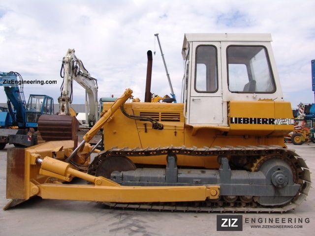1979 Liebherr  721 Construction machine Dozer photo
