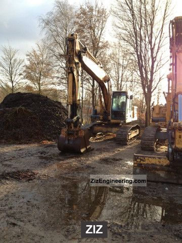 1996 Liebherr  912 15300 hour air excavator Construction machine Caterpillar digger photo