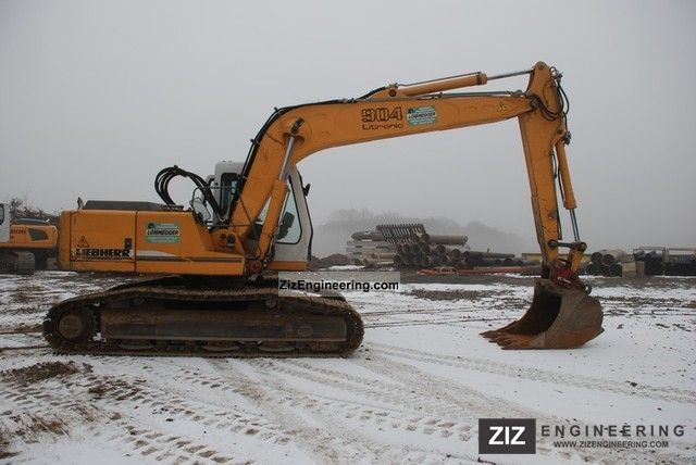 2003 Liebherr  904 Litronic Construction machine Caterpillar digger photo