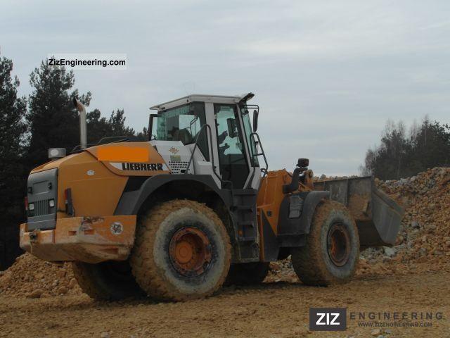 2004 Liebherr  544 2plus2 Construction machine Wheeled loader photo