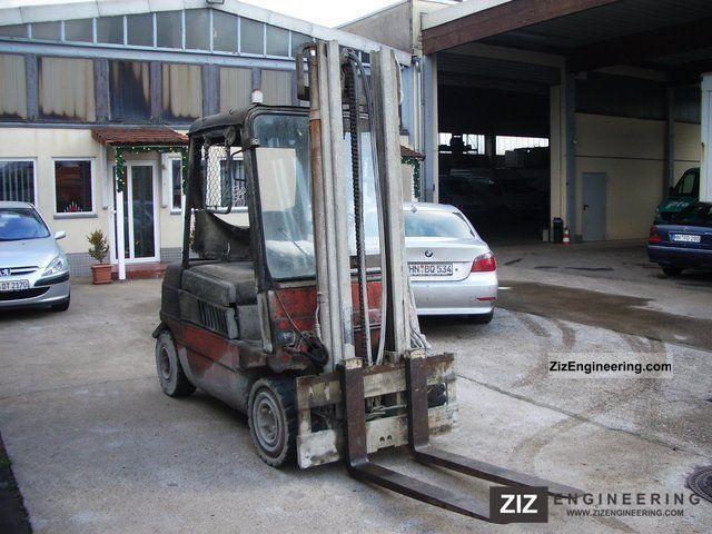 2011 Linde  H 30 D Forklift truck Rough-terrain forklift truck photo