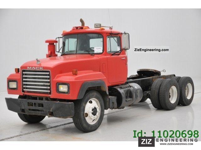 Mack Rd 690 S 6x4 1993 Standard Tractor Trailer Unit