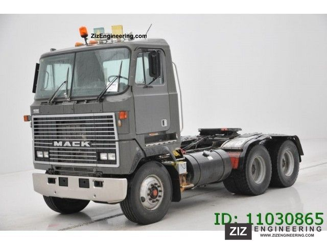 1995 Mack  MH 613 - 6X4 Semi-trailer truck Standard tractor/trailer unit photo