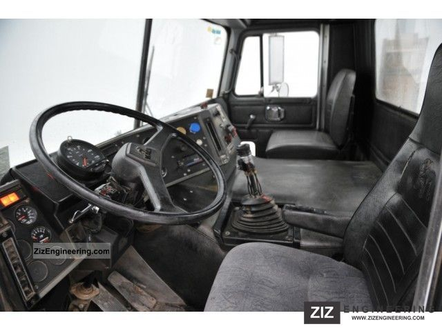 Mack Mh 613 6x4 1995 Standard Tractor Trailer Unit Photo