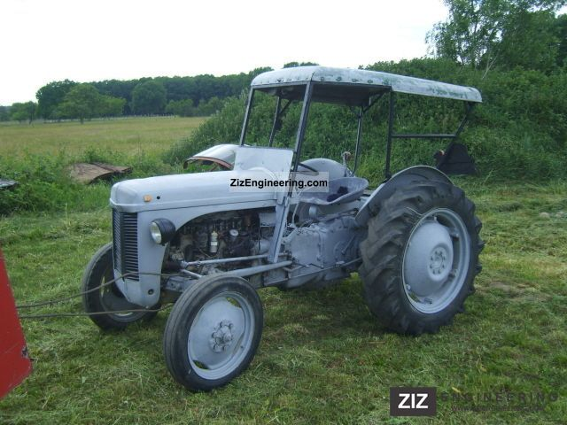 Massey Ferguson TEA 20, TED gasoline, TE 20 1955 Agricultural