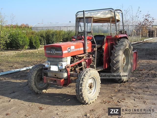 1974 Massey Ferguson  MF 135 Agricultural vehicle Tractor photo