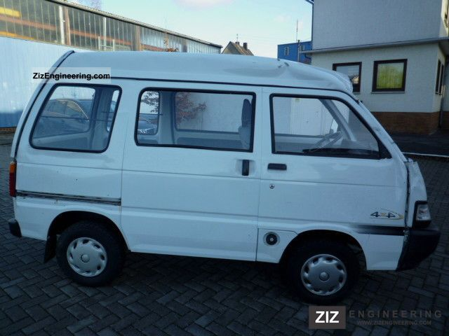 piaggio porter 4x4 2008 estate minibus up to 9 seats. Black Bedroom Furniture Sets. Home Design Ideas