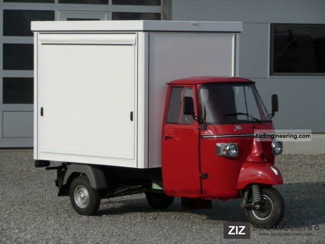 2011 Piaggio  Ape Classic Coffee Sales up Hotdogstand Van or truck up to 7.5t Traffic construction photo