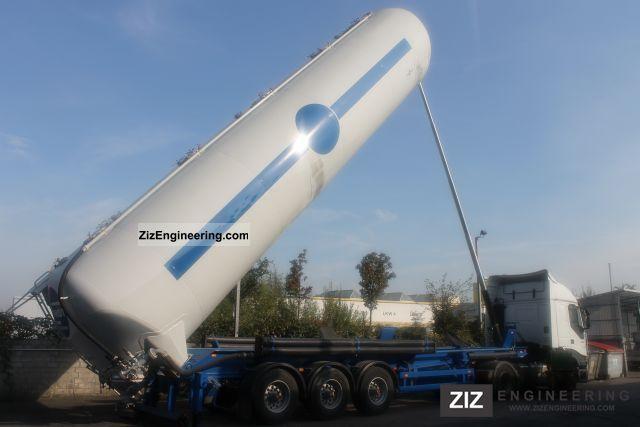 2000 Spitzer  SK 2760 Semi-trailer Silo photo