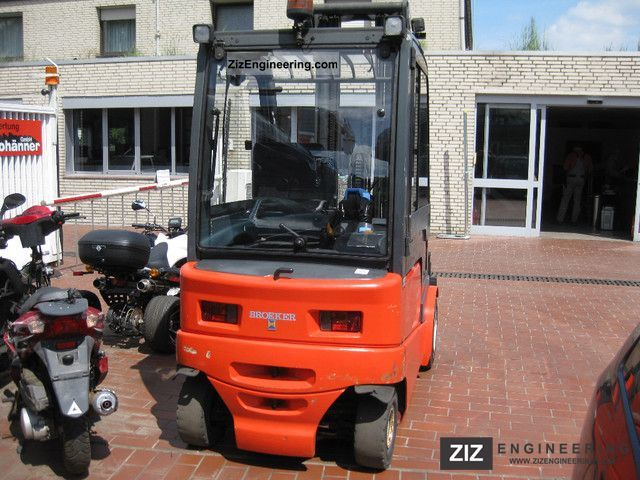 2001 Steinbock  PE 30 Like New with heating, doors, charger Forklift truck Front-mounted forklift truck photo