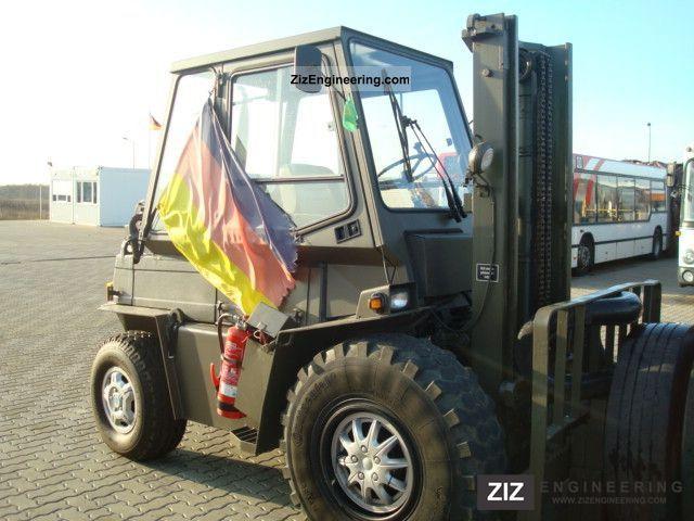 1988 Steinbock  2.5 DFG DSY-H, militerische truck, like new Forklift truck Rough-terrain forklift truck photo