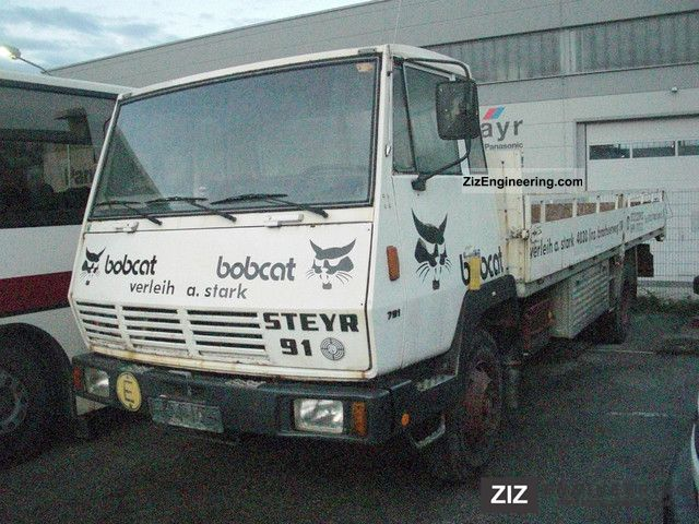 1982 Steyr  Type 791.170/N50/4 x 2, net: 1,500 € Van or truck up to 7.5t Box-type delivery van photo