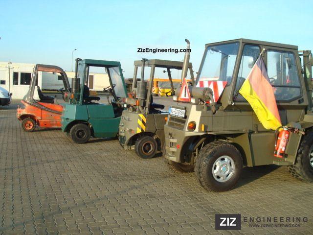 1988 Still  DFG 1 / 4004, Militerische forklift Forklift truck Front-mounted forklift truck photo