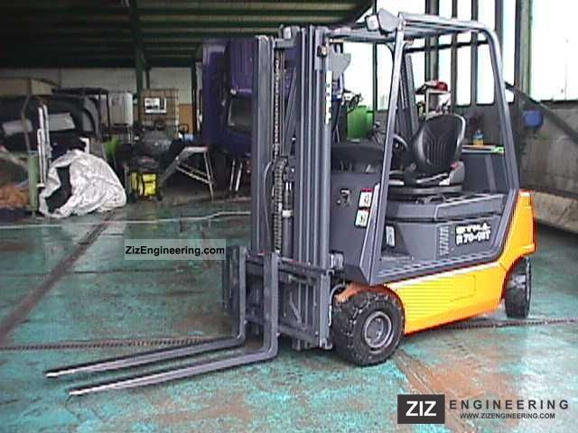 2005 Still  R70-16T Forklift truck Front-mounted forklift truck photo