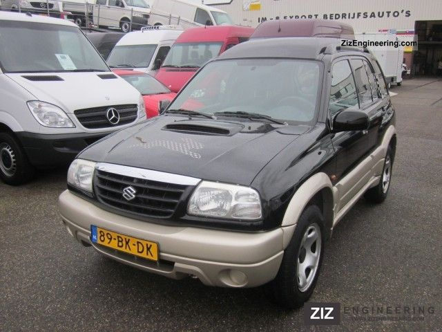 2003 Suzuki  Grand Vitara 2.0 TDI VAN Van or truck up to 7.5t Box-type delivery van photo